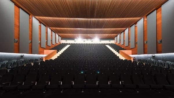 Proyectos de cortinas y estores acusticos auditorio Aragonia