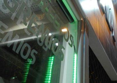 galeria de estores filtro solar para locales comerciales